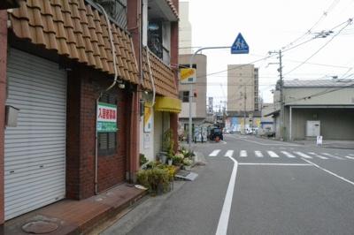 【周辺】大町西3丁 住付店舗戸建