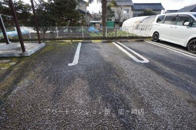 【駐車場】ベルハイツ