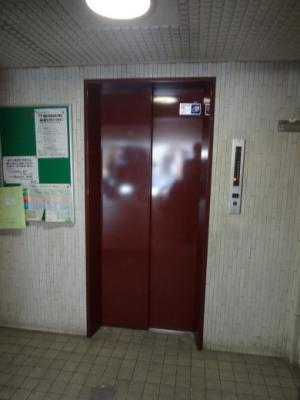 金子ビル エレベーター