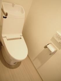 ロールベール博多駅前(1LDK) トイレ