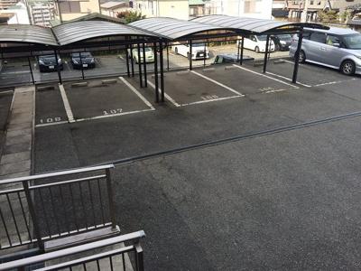 【駐車場】ルナガーデン