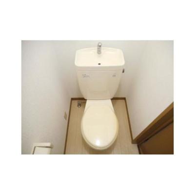 PALAZZO EMZのトイレ