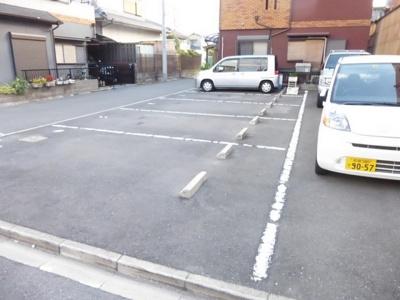 【駐車場】仲辻第一マンション