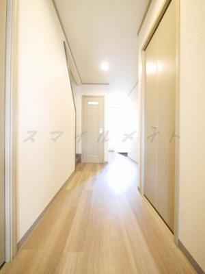 廊下も広々としています。