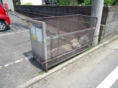 敷地内ゴミ置場