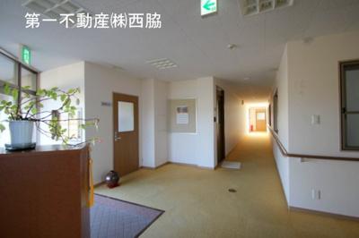 【ロビー】ハイツ・コンブリオ