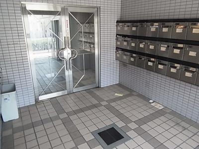 【ロビー】シャトラン弓木三番館