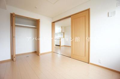 【寝室】カーサ・フェリーチェB