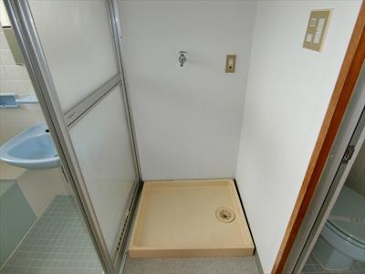 【メゾネット泉崎】の浴室