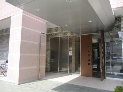 【エントランス】シャルマンフジセレブレッツァ西宮駅前
