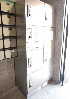 便利な宅配ボックス完備