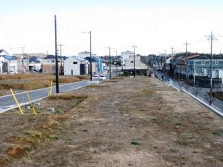 グランファミーロおゆみ野 鎌取駅 土地 分譲地近くにはバス停もあり、雨の日の通勤通学も快適です♪