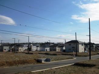 グランファミーロおゆみ野 鎌取駅 土地 隣接した遊歩道を四季折々の表情を楽しむことができます♪
