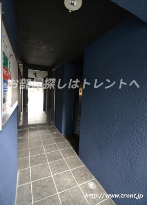 【エントランス】ラピス原宿Ⅲ