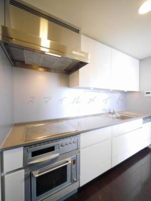 お掃除楽々3口IHシステムキッチン・グリル・オーブン・食洗機