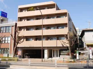 2路線利用可能な「小竹向原」駅の表面利回り5.2%の投資用マンションです。