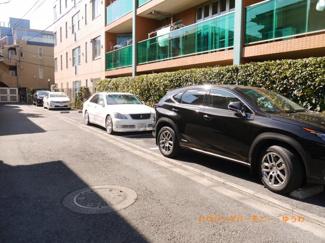 敷地内駐車場があります。