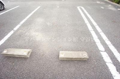 【駐車場】クレセントコート