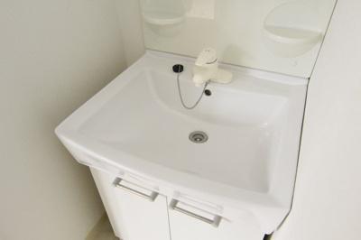 【独立洗面台】クマガイコーポ