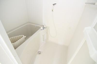 【浴室】クマガイコーポ