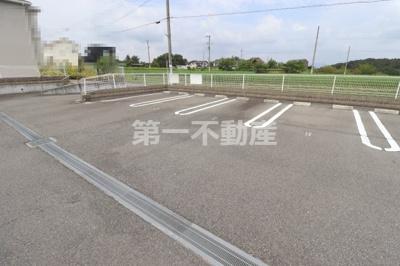 【駐車場】ラウレア ハレ