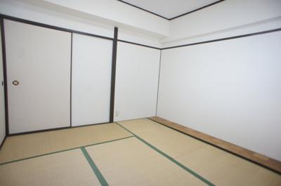 【寝室】平野ハイツ