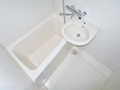 【浴室】フロレスタ三輪