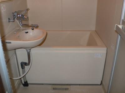 【浴室】ハイデンス中西