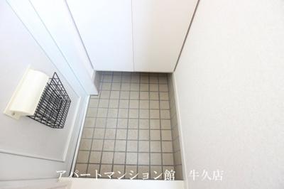 【玄関】ルーミー牛久32号館