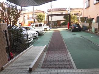 【駐車場】ラビータ新城