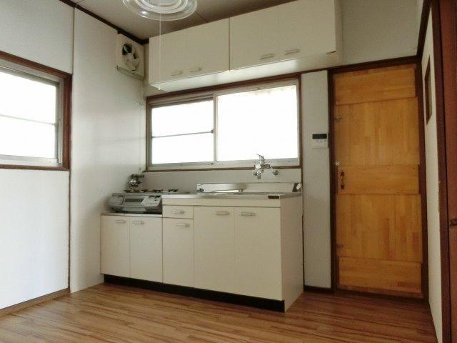 【居間・リビング】田辺2丁目5DK一戸建て