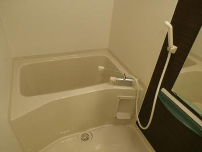 マランド千葉中央の浴室
