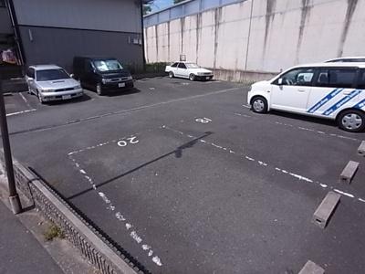 【駐車場】ビューハイムカオル