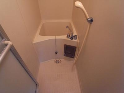 【浴室】前川ハイツ
