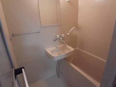 【浴室】トゥ・レ・ジュー