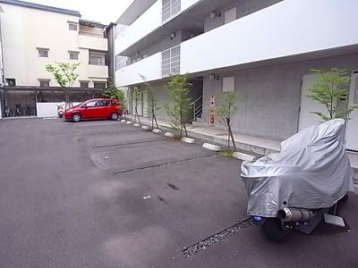 【駐車場】グランカレ