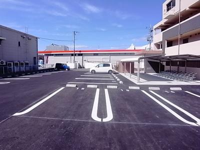 【駐車場】オーセンティック5