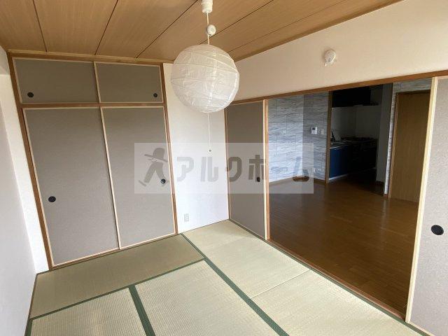 グレープヒル安堂 洗面脱衣所 室内洗濯機置き場