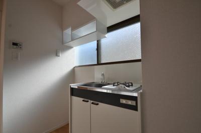 【キッチン】ブリード神戸壱番館