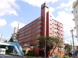 都営三田線「西台」駅より徒歩4分の好立地。人気の角部屋リフォームマンションです。