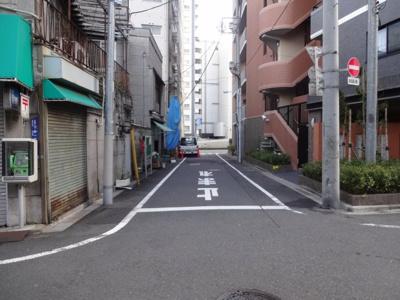 コアマンションフリージオ上野 建物前