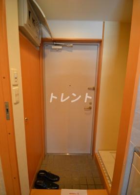 【玄関】オペラヒルズ初台