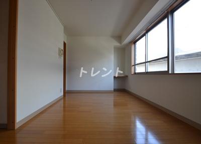 【居間・リビング】オペラヒルズ初台