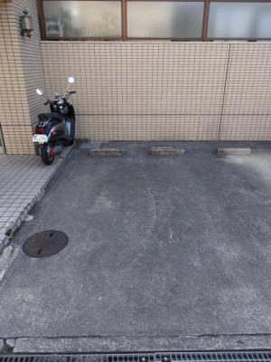 【駐車場】グラース桜塚