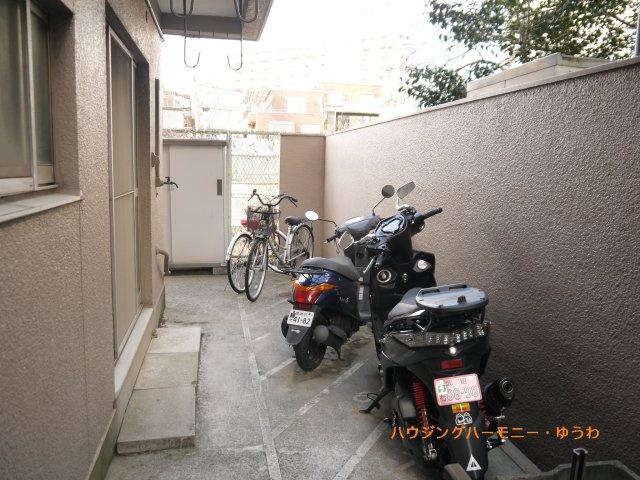 敷地内に駐輪可能です。
