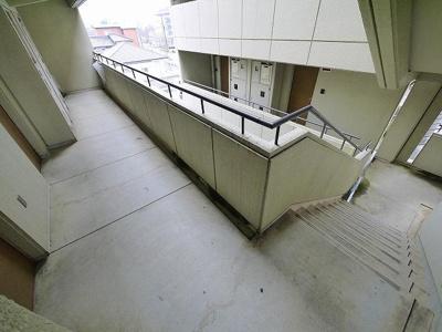 階段周辺です。