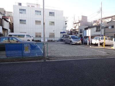【駐車場】三共駐車場