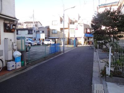 【周辺】三共駐車場