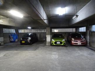 タカアキ車庫 1階