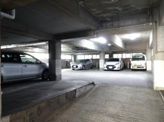 タカアキ車庫 2階